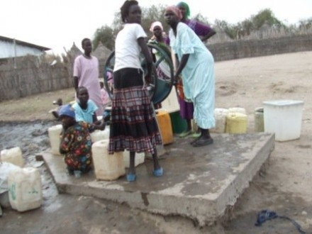 Duba Tropic, MkII handpump and borehole. The village municipal capital!