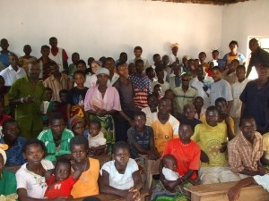 Photo: Grant A  |  Community meeting in Katonta – 70 people present!