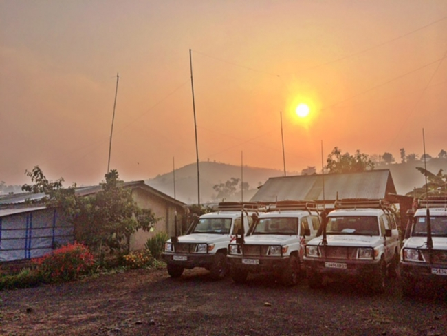 The landcruisers are ready at dawn