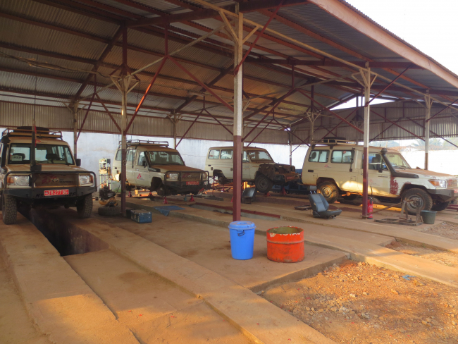 Image shows the MSF car workshop in Bangui