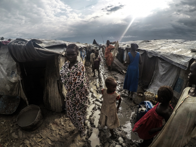 Living conditions inside the camp at Malakal. Photo: Raul Fernandez Sanchez/MSF