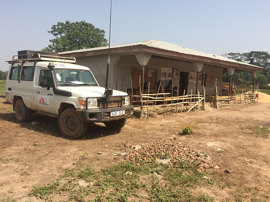 The Masengbeh health post, with the MSF land cruiser parked outside