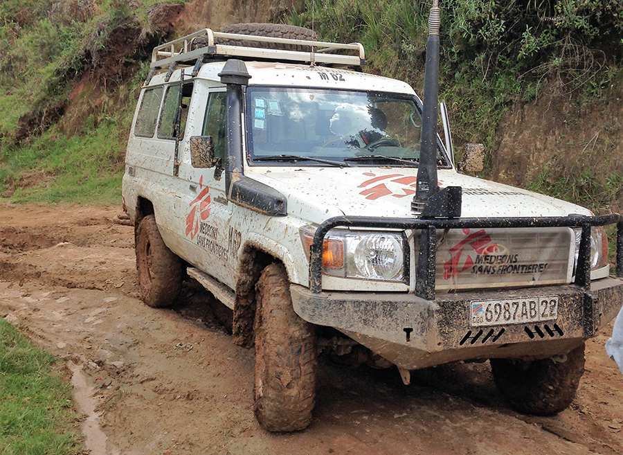 MSF landcruiser on a Congolese road