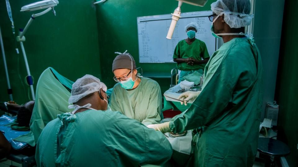 A surgical intervention underway at L'Arche de Kigobe trauma centre in Bujumbura, Burundi