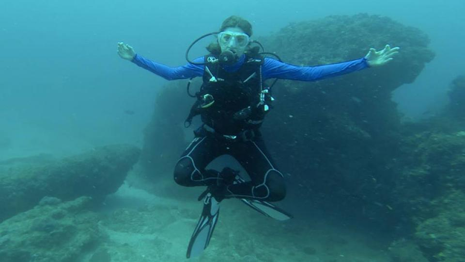 Ingrid Schoeman scuba diving