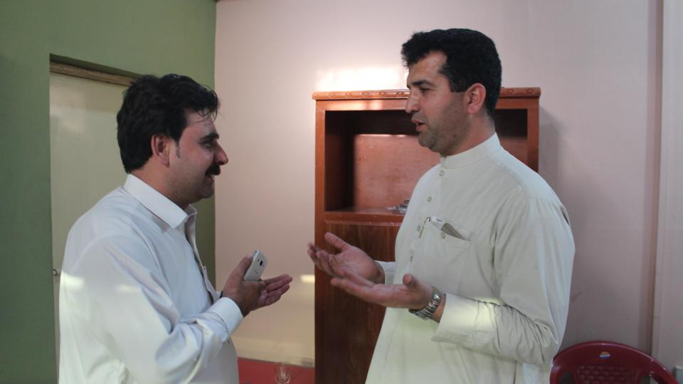 Tariq Khan and an MSF colleague