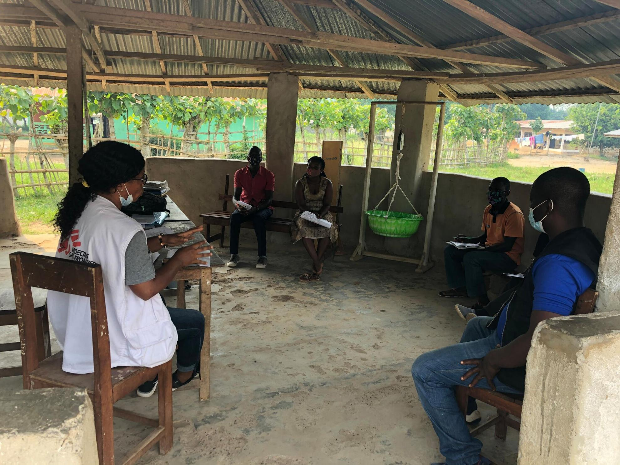 Rita delivering a training session at a clinic in Louguatou, Nimba county