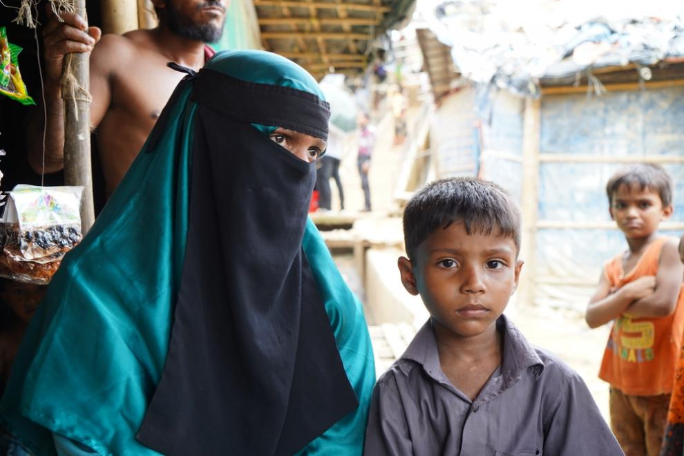 A rohingya mother and her son