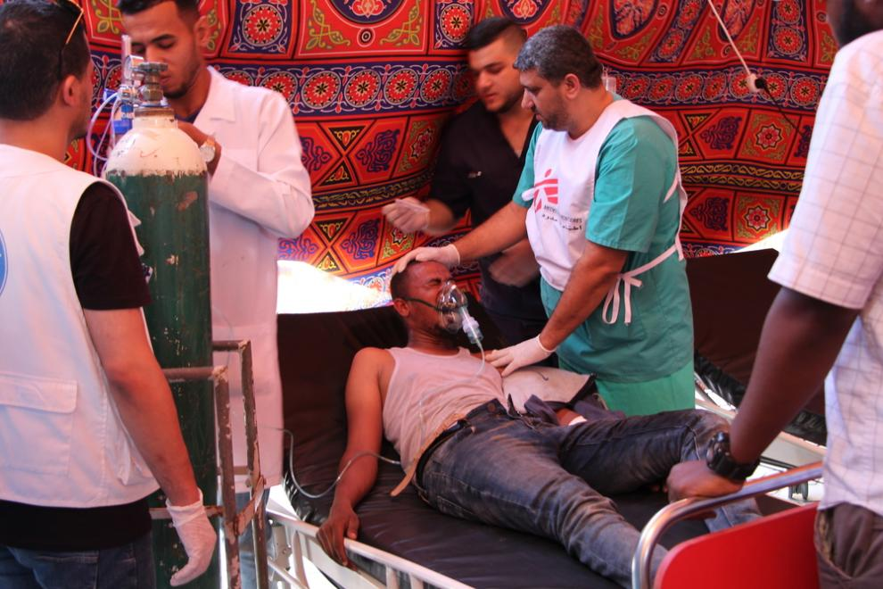 A patient in an MSF hospital in Gaza receives oxygen