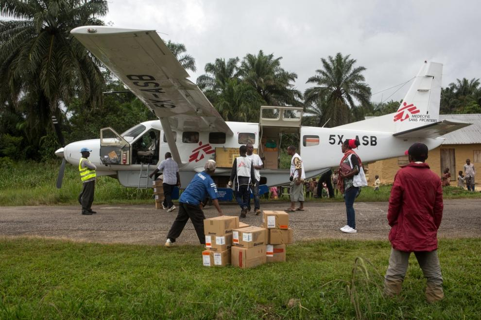 An MSF aircraft arrives with medical supplies for Walikale Hospital and the nearby health centres