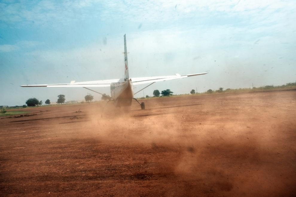 A small MSF plane landing at Bentiu to deliver staff and supplies