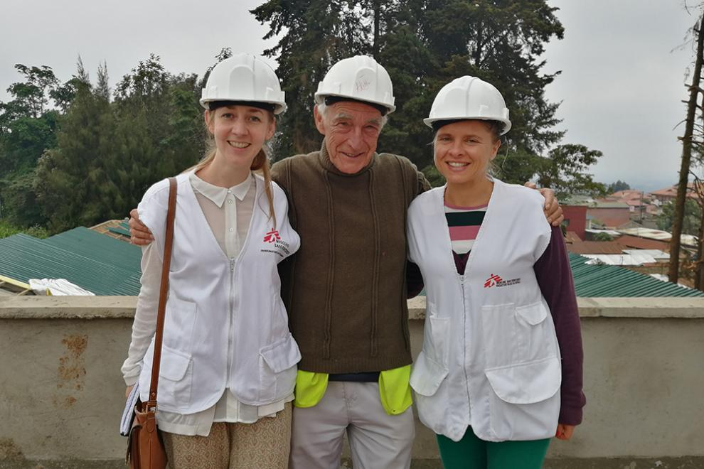 Abi (left) with the MSF team at the construction site of the new MAT clinic in Kiambu