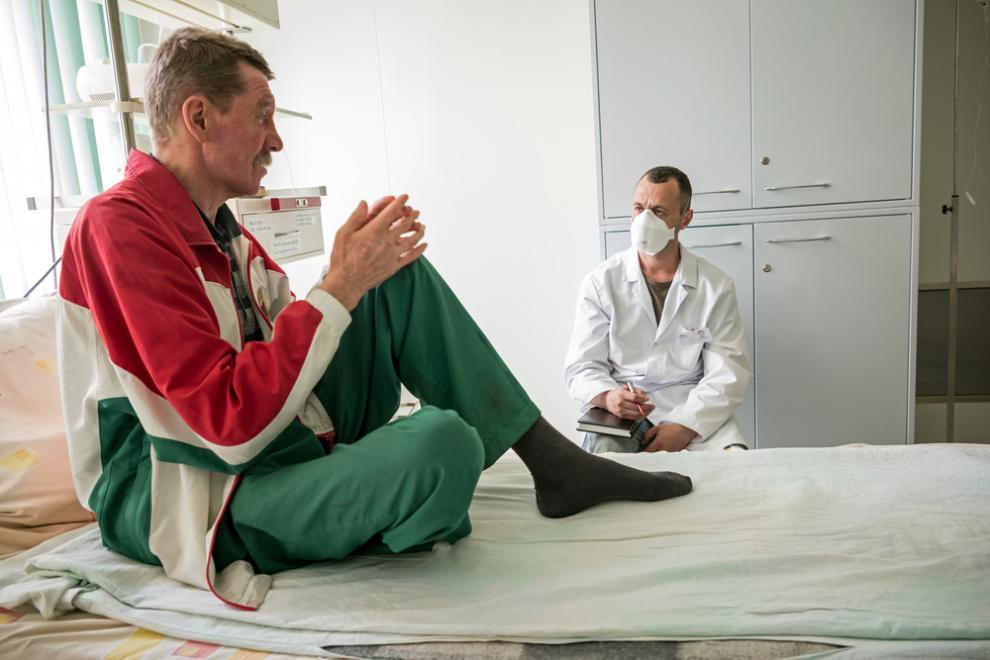 MSF counsellor with a patient