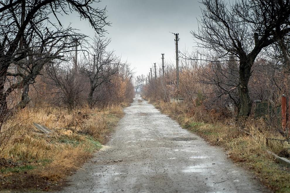A road in Opytne, where power lines have been destroyed