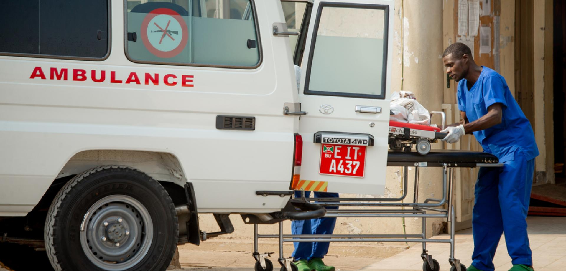 A road accident victim is brought to MSF's trauma centre in Bujumbura, Burundi